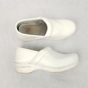 DANSKO Classic White Nurse Comfy Clogs